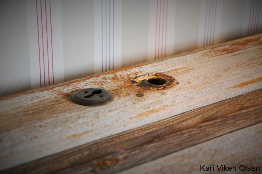 bord av gammel dør 2